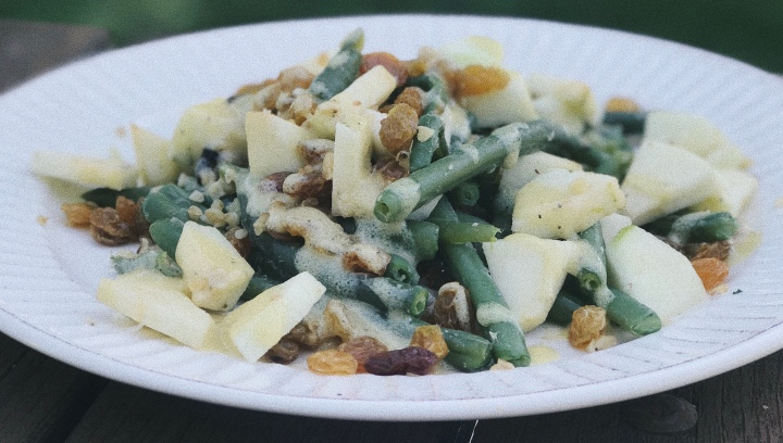 Green Bean Salad with Apple, Walnut & Dried Raisin